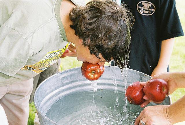 Appelhappen Spelletjes Kinderknalfeest